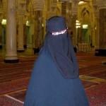 Qui se cache derrière le niqab de la salafiste Naima Daher ?