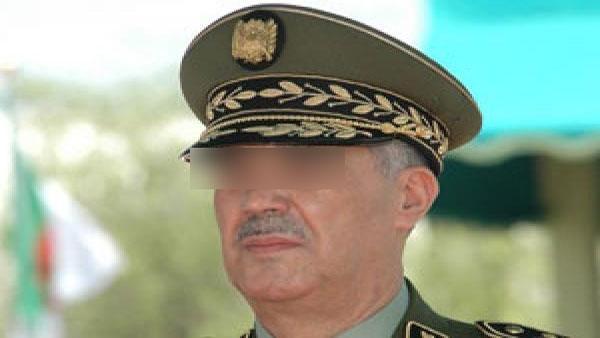 Officier-de-la-Gendarmerie-algérienne