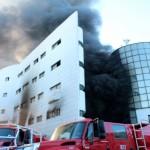 Spectaculaire incendie dans le super marche de Nador.