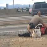 Un officier Californien se sert d'une femme comme d'un punchingball (Vidéo)