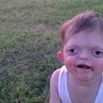 En voyant ce petit ange, les gens avaient peur. Jusqu'à ce que sa mère leur dise ÇA !