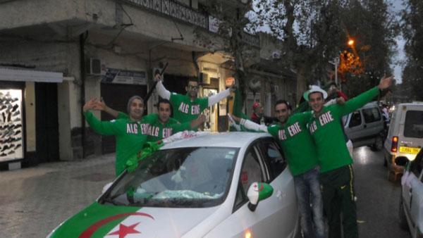 Comment les Algériens voient le retrait de la CAN 2015 au Maroc (vidéo)