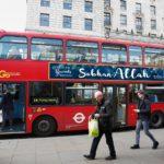 Affichage de Subhan Allah sur les bus londoniens à l'occasion du Ramadan