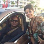 Leila Hadioui pose en photo avec Mohammed VI