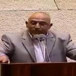 Un député effectue l'adhan à la Knesset en réponse au projet de loi visant à interdire l'appel à la prière des mosquées